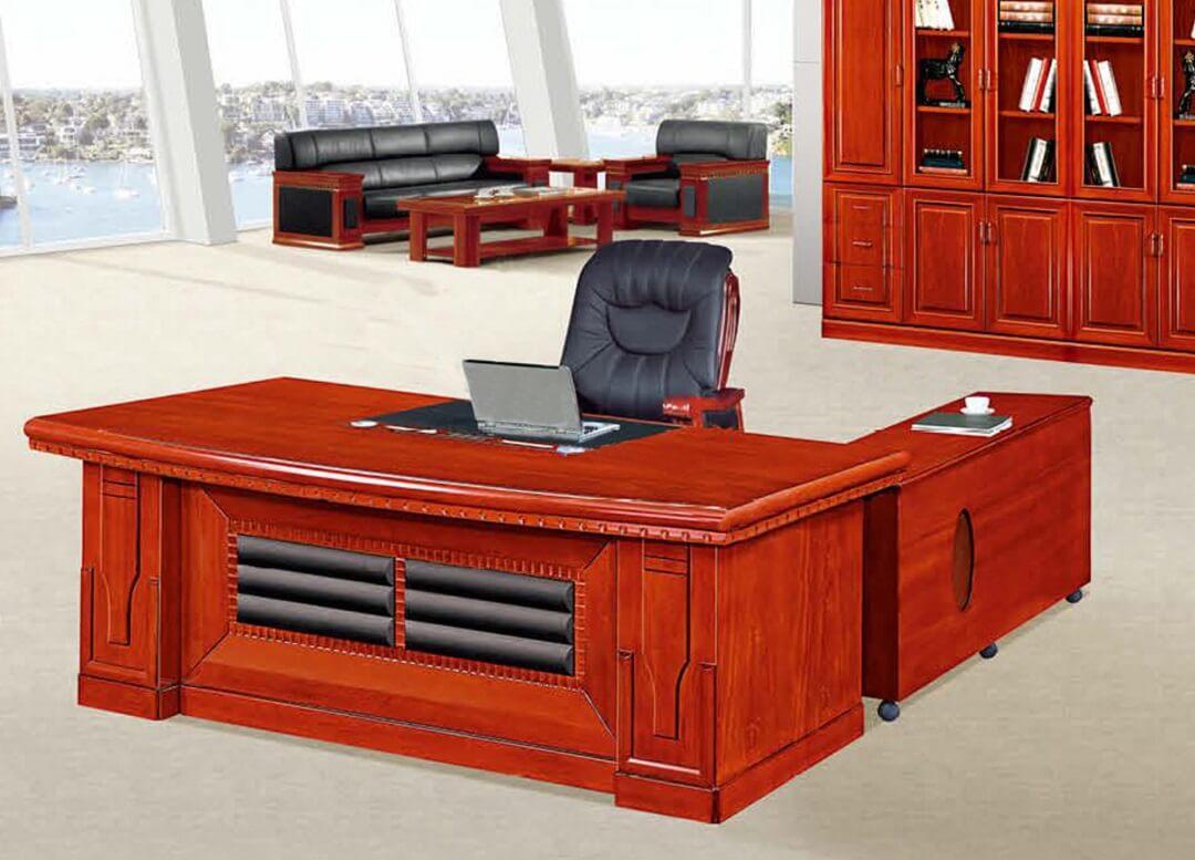 Bàn gỗ nước sơn PU luôn là sự lựa chọn hàng đầu khi chọn bàn cho lãnh đạo